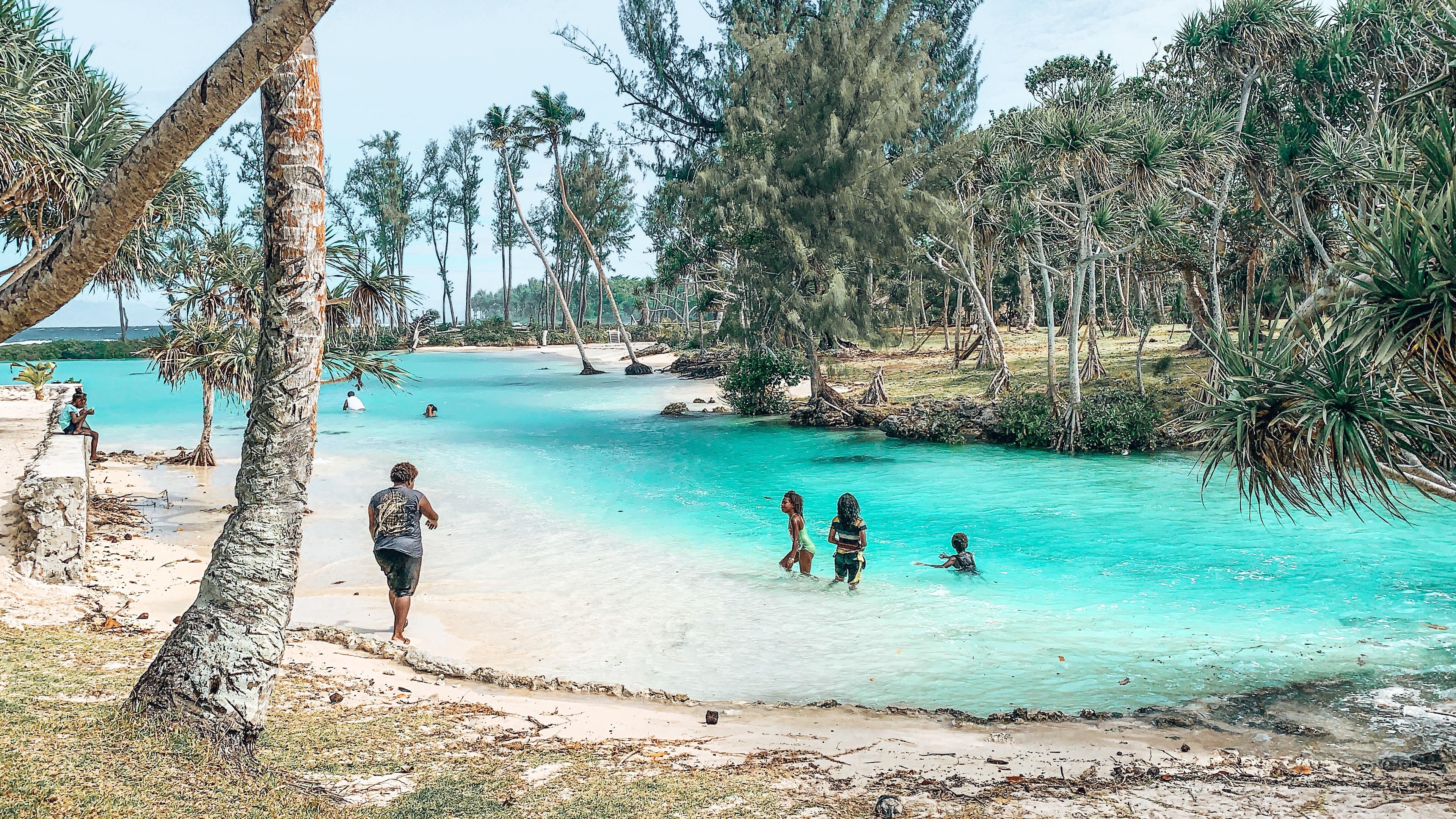 paradise beach vanuatu